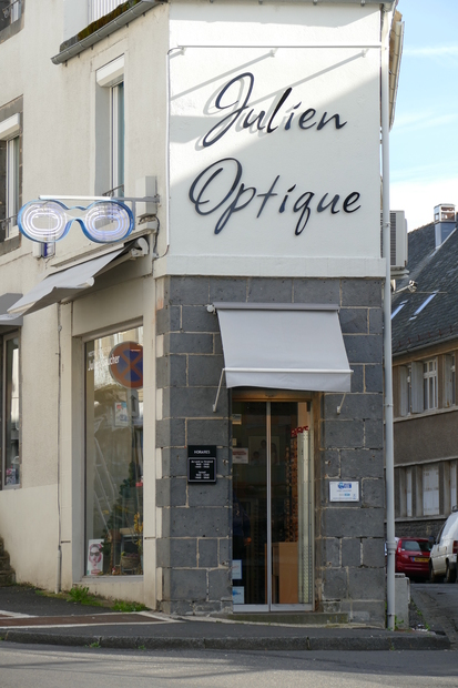 Julien Optique Mauriac
